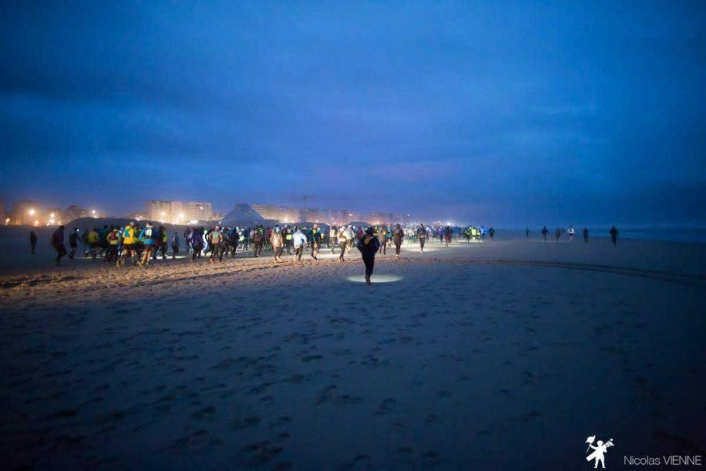 un coureurs lors du marathon des plages au touquet